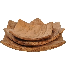 Lot of 3 dishes of olive wood